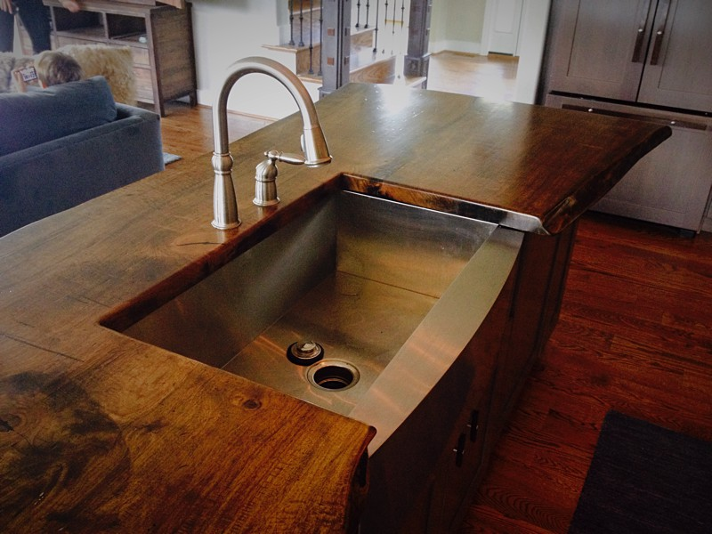 Walnut Countertop - CZ Woodworking