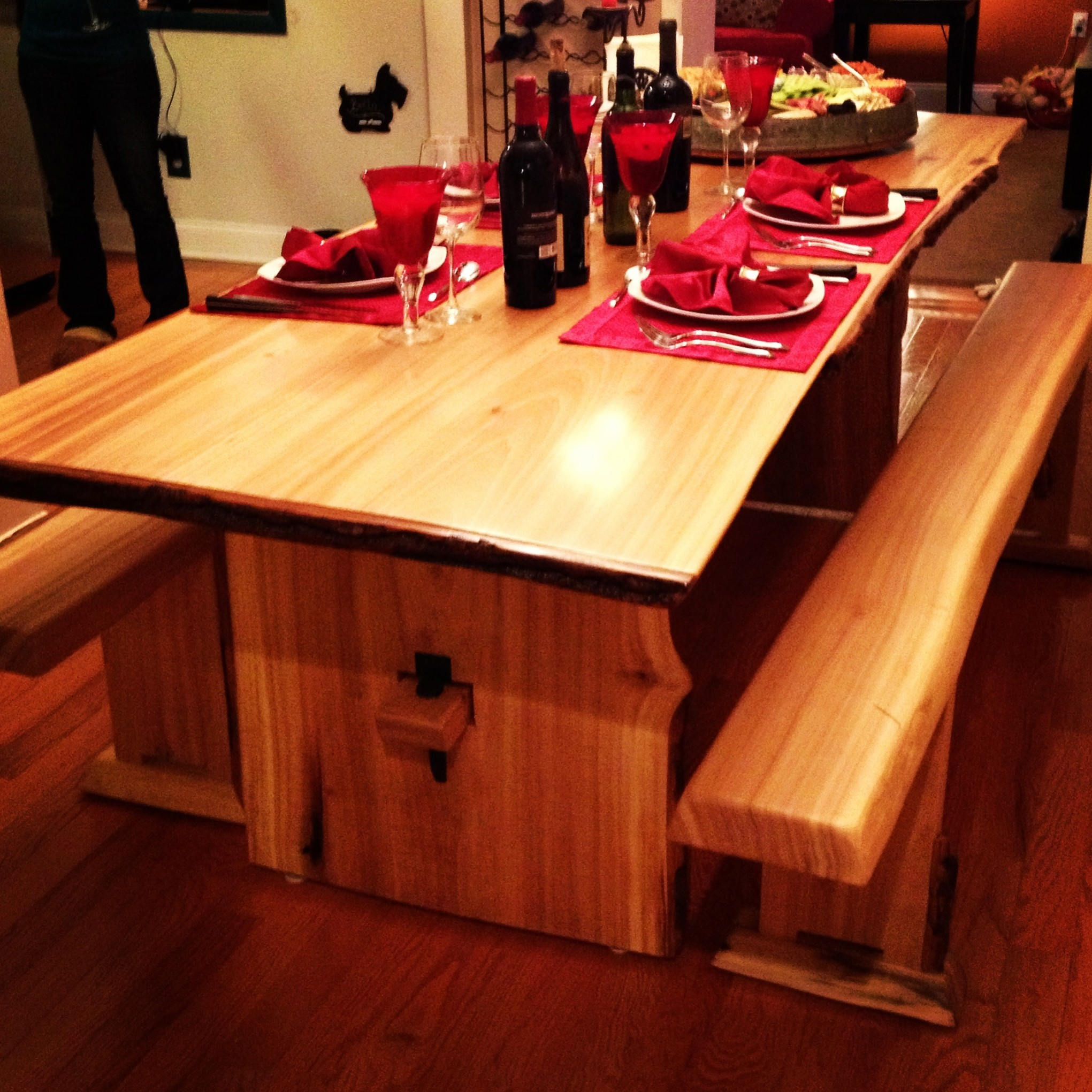 Western red cedar table top western red cedar live edge table top - Raw Materials Live Edge Poplar Dining Table And Benches