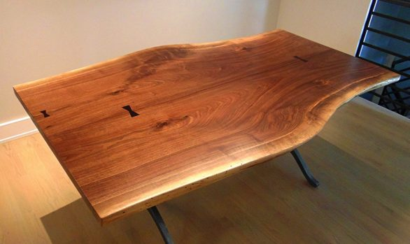 Wishbone Walnut Table